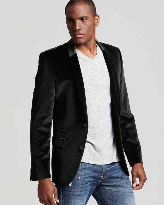 3416ed832 O blazer tem o poder de transformar algo casual em elegante. Se no seu  trabalho não é preciso usar traje social