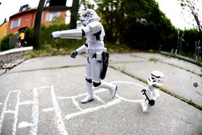 Sweden daddy and stormtrooper 5 diaporama jpg