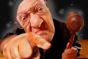 Juiz dedo na cara jpg