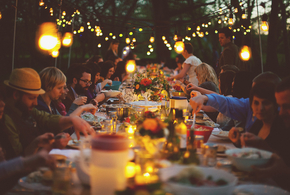 38589 outdoor dinner party jpg